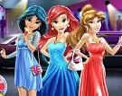 Disney Prensesleri Baloya Gidiyor